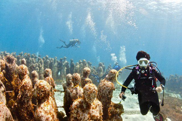 Podvodni muzej Musa disko drugar