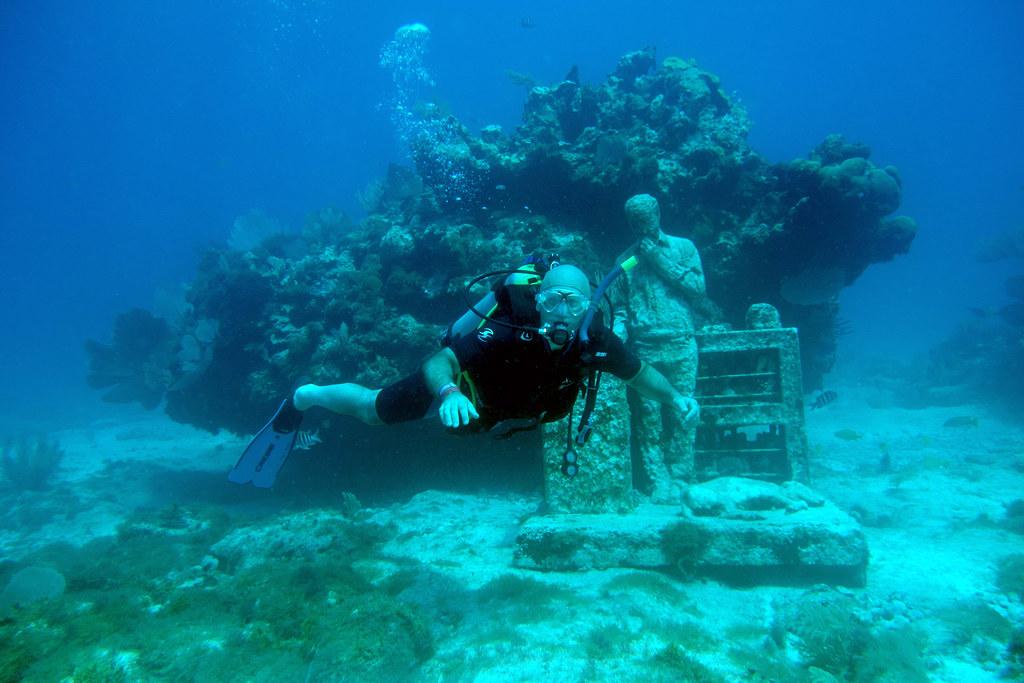 Podvodni Muzej Musa Disko drugar2