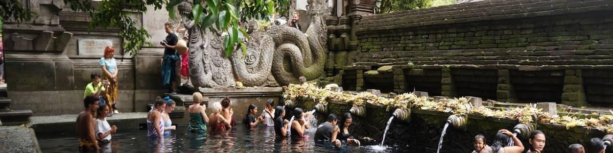 hram Tirta Empul na Baliju - Bali putovanje