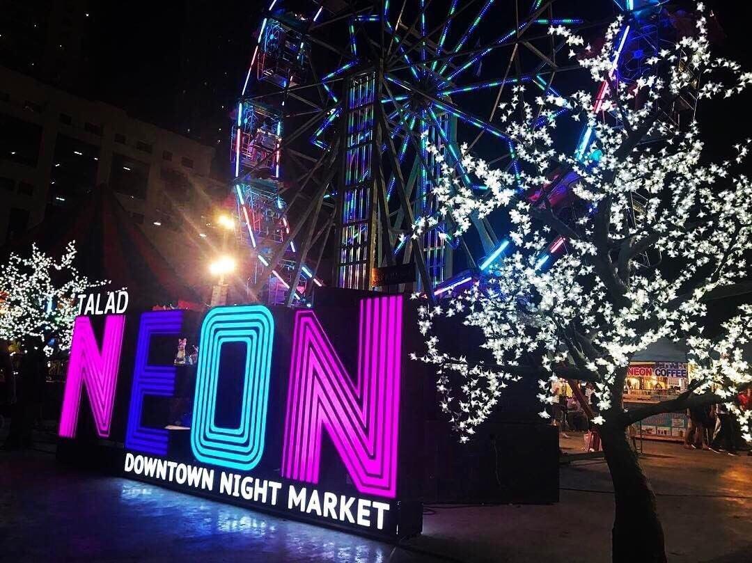 Neon pijaca u Tajlandu Disko Drugar2