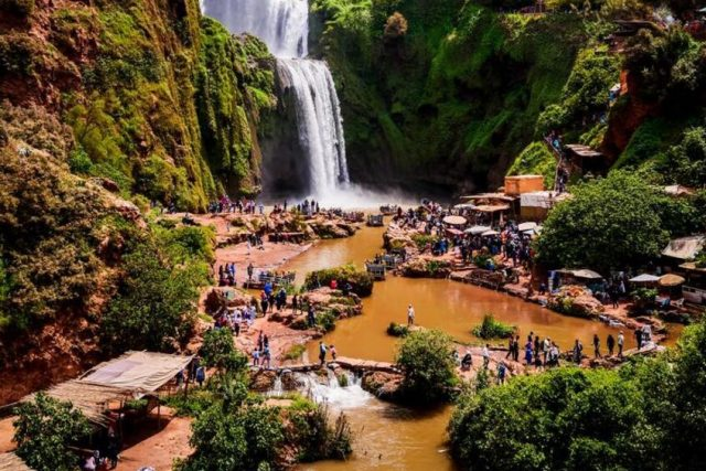 restoran u Ouzoud vodopadima Maroko