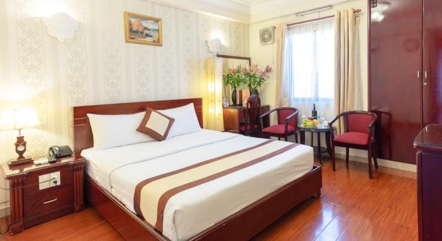 Ho-Ši-Min-hotel-Disko-Travel